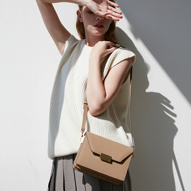 Clever Bag Medium Beige[New15%] 정상발송 (정상가 318000원)