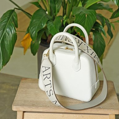 City Bag Cream mini [Best Sellers 10%] (정상가 268000원)