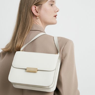 Grace Bag Medium White  [New 10%] 입고완료 (정상가 288000원)